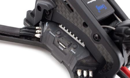 DTS GT200 - FPV дрон для фристайла, анонс, блок управления, полетный контроллер с микро USB