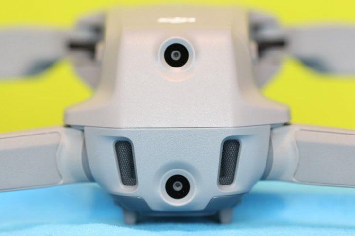 Обзор Mavic Air 2 - вид на датчики сзади