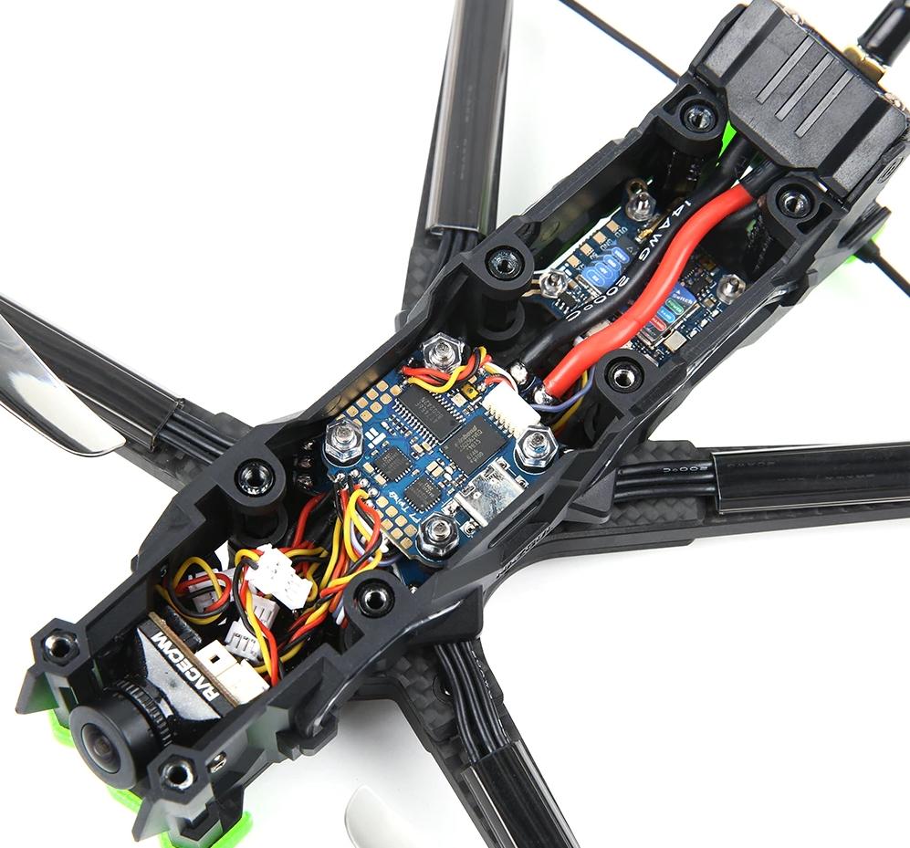 iFlight Nazgul Evoque F5: гоночный 4-6S дрон с красивым дизайном